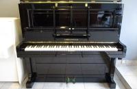 pianino-c-bechstein-w-politurze