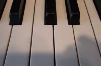 salonowe-pianino-marki-Grotrian-Steinweg